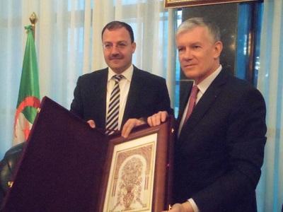 wali Hattab et ambassadeur de France